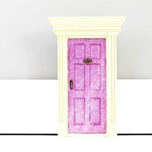 Such a CUTE and awesome lil gift.  'lil Fairy Door - Sparkly Pink