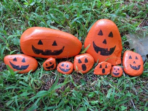 Halloween painted Pumpkin Rocks