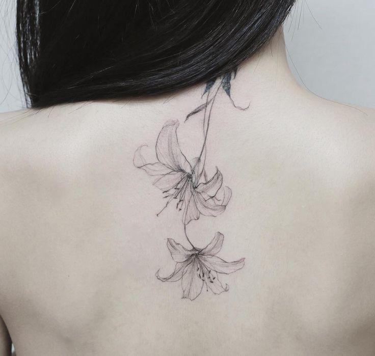 Lily flower  Cover up  #tattoo#tattoos#tattoowork#flowertattoo#blackwork#tattooart#art#flower#coveruptattoo#lilytattoo#타투#꽃타투#백합#백합타투#타투이스트꽃 #tattooistflower