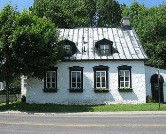 17 meilleures id es propos de vieilles maisons de campagne sur pinterest maisons. Black Bedroom Furniture Sets. Home Design Ideas