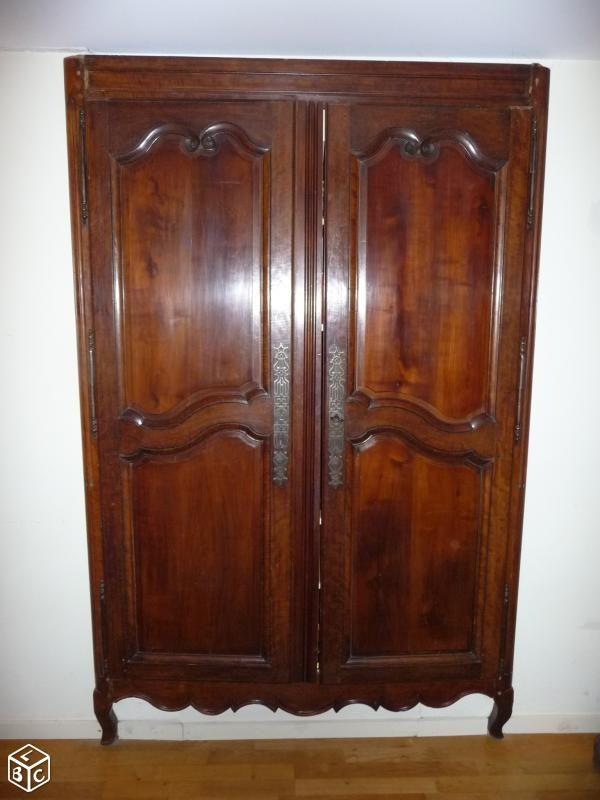 1000 id es sur le th me portes d 39 armoires sur pinterest for Meuble contre canape