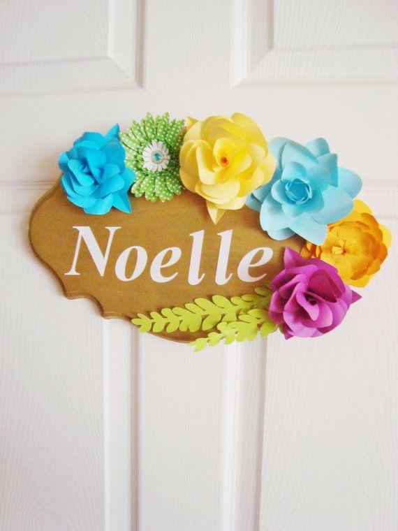 Customizable door Sign with Paper Flowers, door sign custom, wedding chair sign, paper flower sign, name plaque, little girl name plate