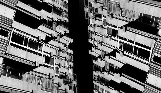 Viña del Mar · Arquitectura Caleidoscópica 2010 Fotografía Análoga B&N // Analog Photography B&W