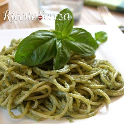 Pesto senza soia e formaggio http://www.ricettesenza.it/le-ricette/item/116-pesto-senza-formaggio.html
