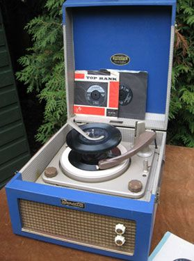 THE NEW OBSESSION: eBay watch: Restored 1950s Dansette Major record player