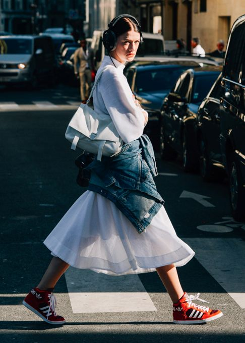 LA COOL & CHIC Marianne Theodorsen shot by Tommy Ton