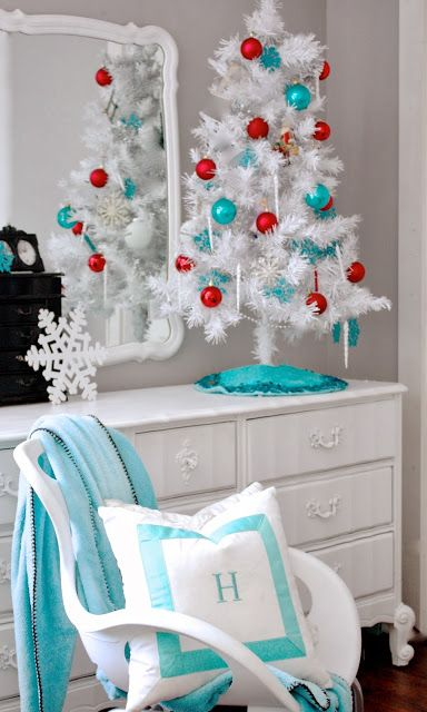 Turquoise Room Decorations Colors Of Nature Aqua Exoticness Holiday Times Pinterest Christmas And White Trees