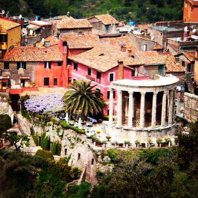 Best Romantic Restaurants In Rome Italy: #restaurant #sibilla #tivoli #rome #roma #lazio #temple