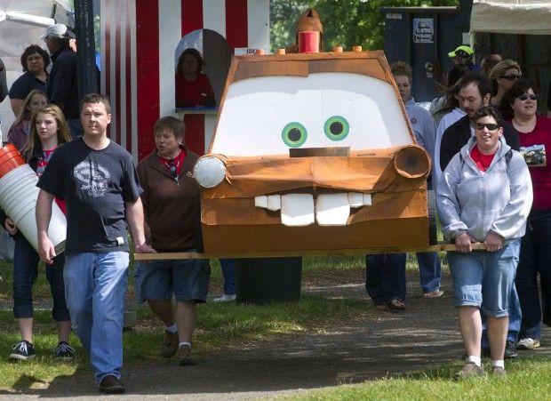 2012 Longview Cardboard Boat Regatta Awards