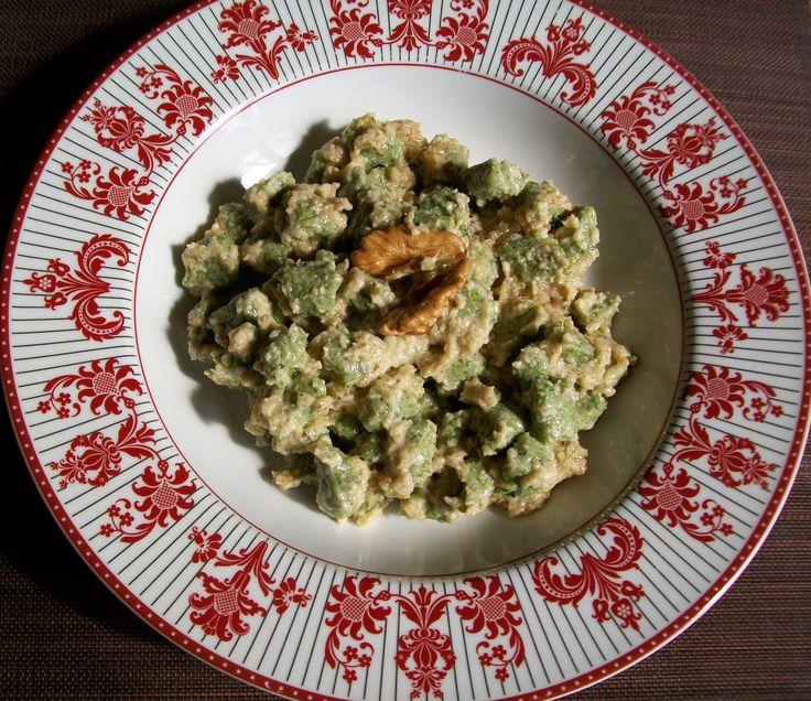 Gnocchetti agli spinaci in sugo di noci - Pag. 87 - Il grande libro delle ricette per la dieta dei gruppi sanguigni - Marilena D'Onofrio - L'Età dell'Acquario
