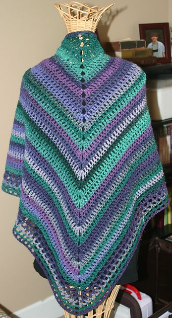 Ravelry: Project Gallery for Easy shawl/Schal i enkel virkning pattern by…