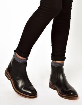 ASOS ACTIVITY Leather Chelsea Ankle Boots