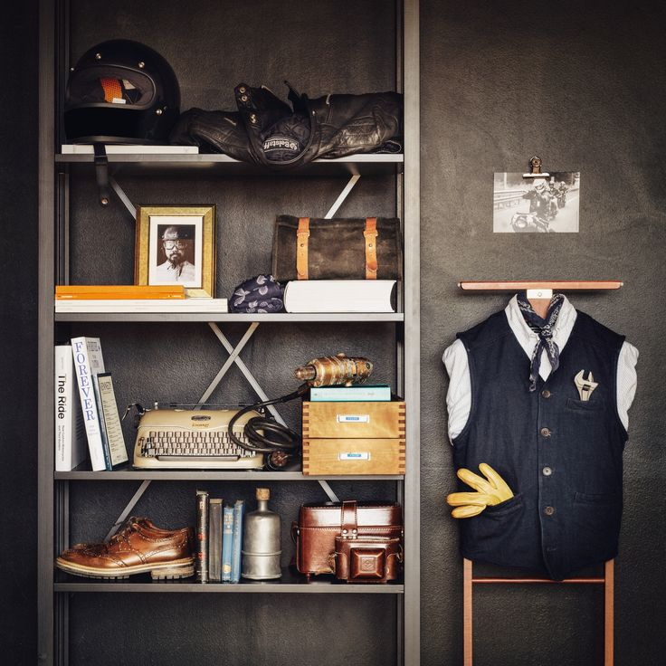 Talented Robin Falck styled this beautiful black Lundia Classic shelf with awesome items from his own home. We love it!