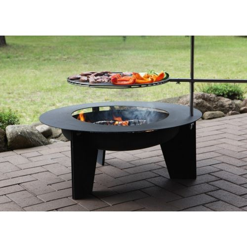 """Dąb"" Grill - Big, exclusive swivel grill with a fireplace. Height of the grate is adjustable."