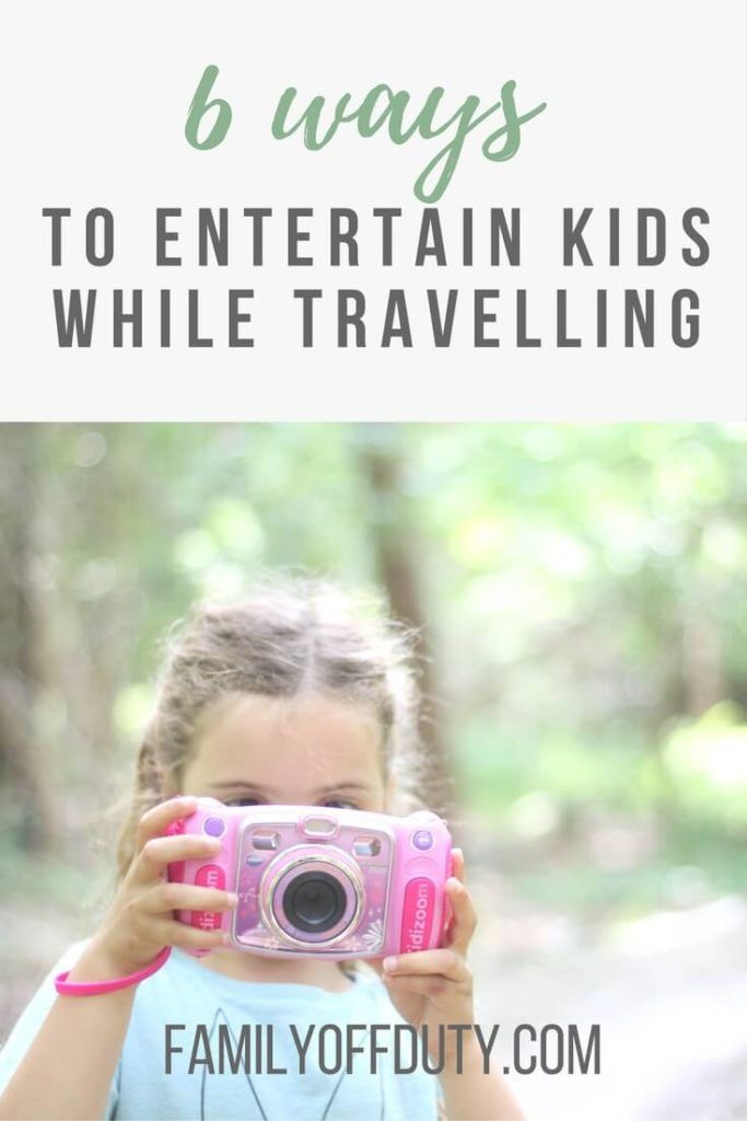 6 ways to entertain kids while travelling. How to entertain kids during travel waiting times. Tips for how to entertain a toddler on a flight, road trip or down time during travels. How to pack the perfect carry on bag with entertainment to keep your child occupied and happy. Traveling with kids & packing tip for #Traveling with your kids and have a great holidays or #vacation? Make sure you have the right entertainment for a smoother plane or car ride.