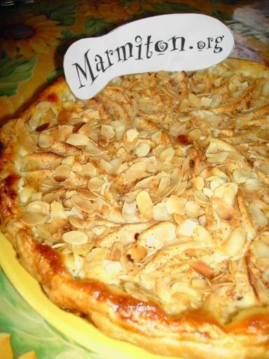 Recette Tarte aux pommes, miel et amandes. à faire en tatelette!
