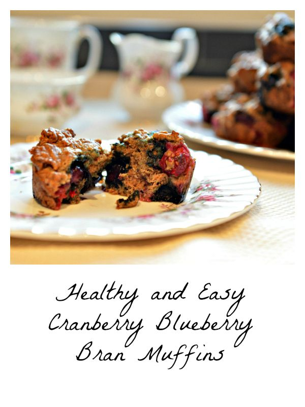 Healthy and easy cranberry blueberry bran muffin. #baking #vegan #breakfast