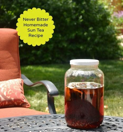 Homemade Sun Tea Recipe ~ This is the perfect way to make sun tea that isn't bitter.