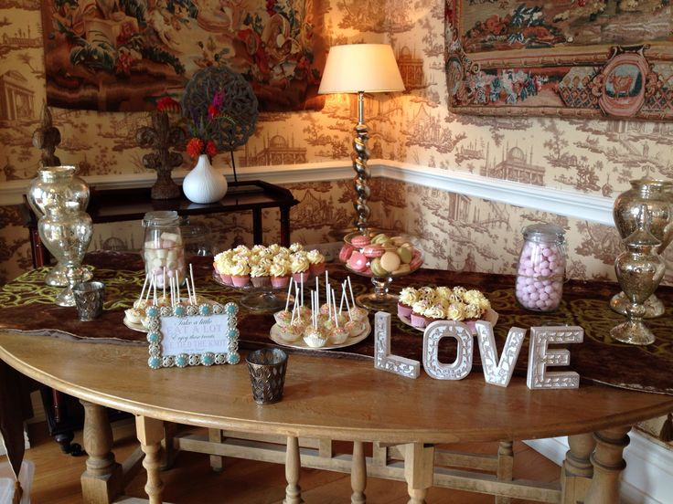 Stunning setting for this wedding dessert table. www.kellylou.com