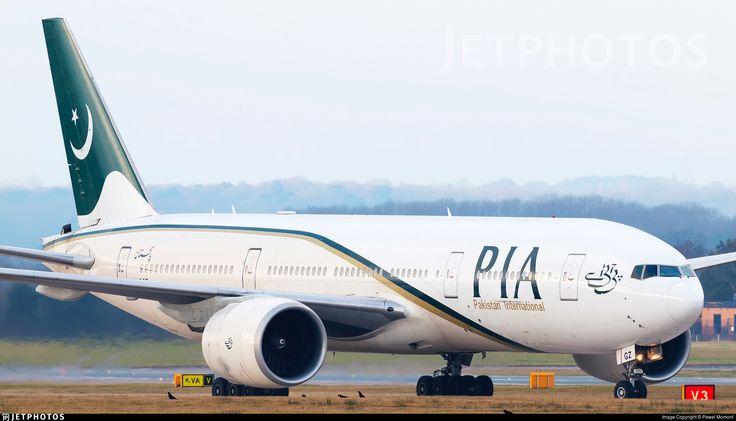 Pakistan International Airlines Boeing 777-240/LR