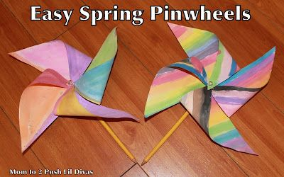 Make an easy spring pinwheel with kids to celebrate spring #Momto2PoshLilDivas