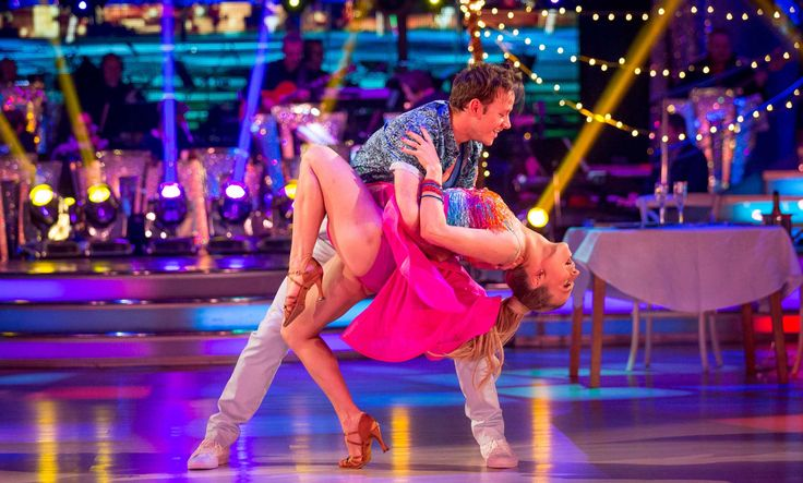 Strictly Come Dancing week 10, 2015. Kellie Bright & Kevin Clifton. Salsa.