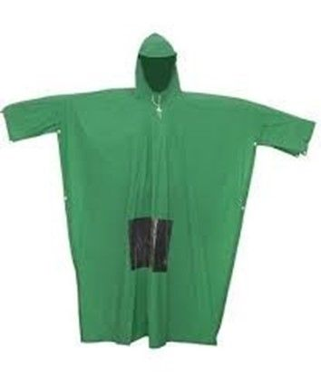 Ghim trên áo dài ướt mưa
