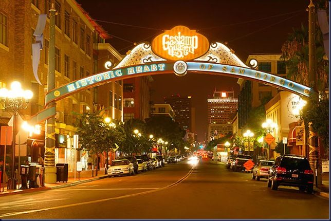 The San Diego Gaslamp District is the happening spot in downtown San Diego. You'll find everything from shopping, theater, nightlife, restaurants, and bars.