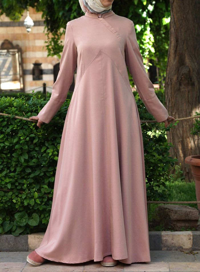 Super #Modest and Feminine. Looks comfy too! | Layla #Abaya from shukrclothing.com