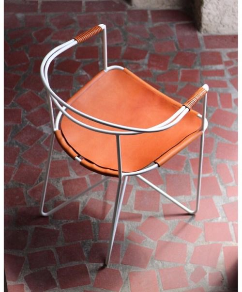 Chair 88 at @eightyfourandahalf #RoanBarrionDesign.  .  .  .  .  .  #interiordesign #architecture #canadiandesign #handcrafted #handmade #madeincanada (at 84 ½)