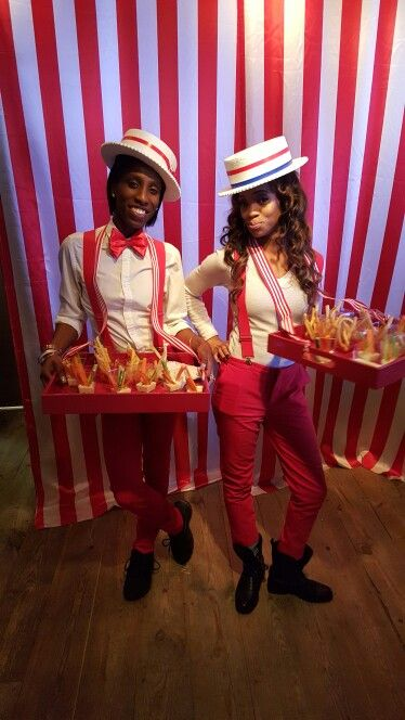 Vintage circus party, food passers, popcorn vendors, costumes …