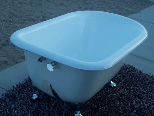 Vintage-Roll-Rim-White-Cast-Iron-Original-Bathtub-Tub-size-48