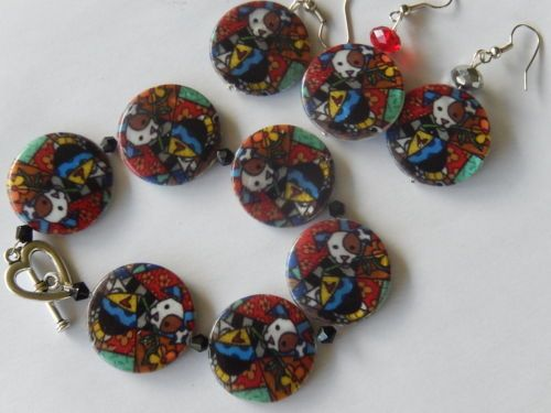 Dog-Shell-beads-round-earrings-Harlequin-coloured-dog-cute-dogs-puppy