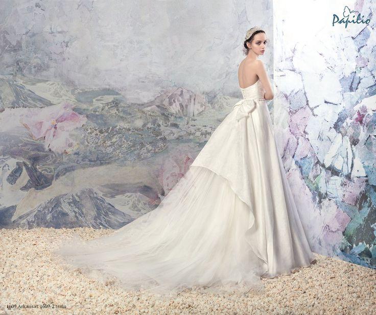 26 best wedding dresses transformer images on pinterest for Unique wedding dresses toronto
