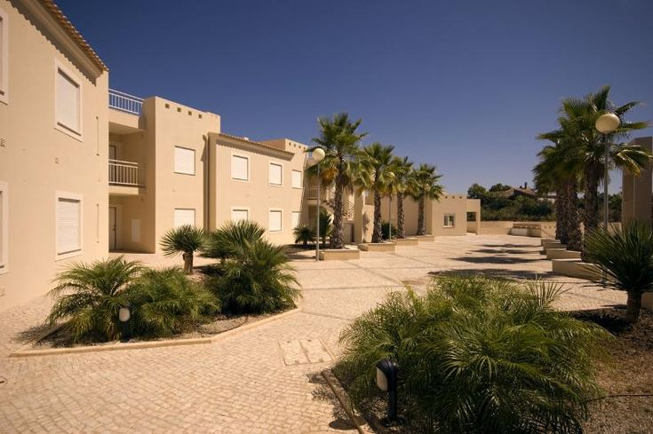 Carvoeiro - Holiday apartments - Property Ambassador