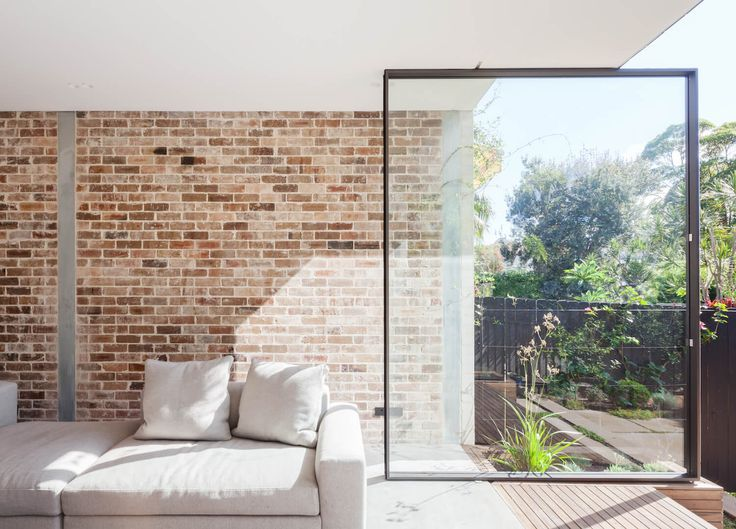 Marston Architects have sensitively updated a gloomy inner-city Sydney home to maximise light and space, achieving a bright and contemporary family home.