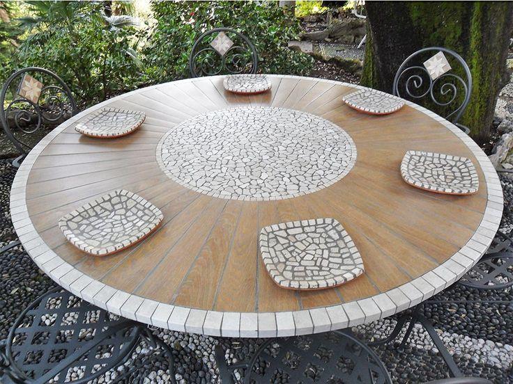 #wood #table #top  Tavolo da esterno in marmo e inserti effetto legno. I toni caldi del legno senza bisogno di manutenzioni!