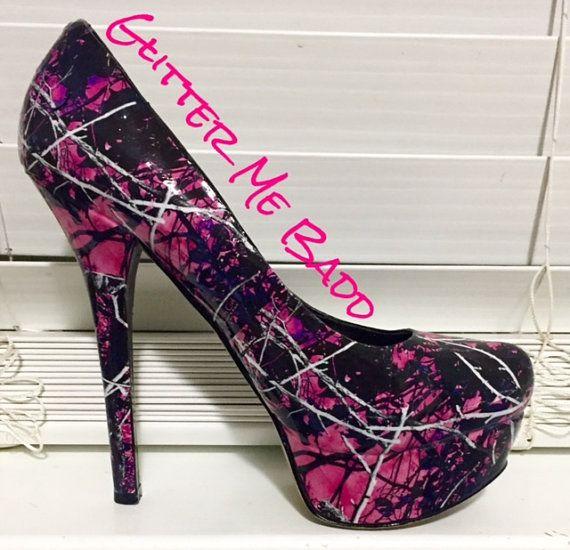 Muddy Girl Themed camoflouge glossy heel Handmade by Glitter Me Badd #muddygirl