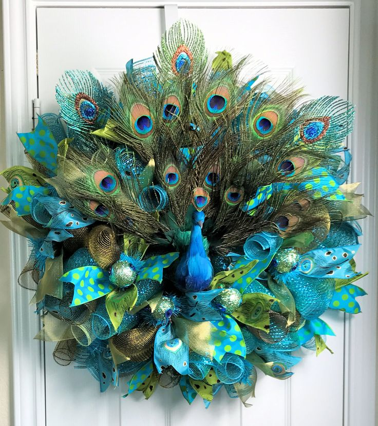 17 best ideas about peacock wreath on pinterest feather for Home decorations peacock