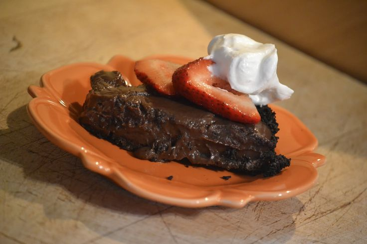 """""""Point-less"""" Meals: Rich Chocolate Pudding Pie"""