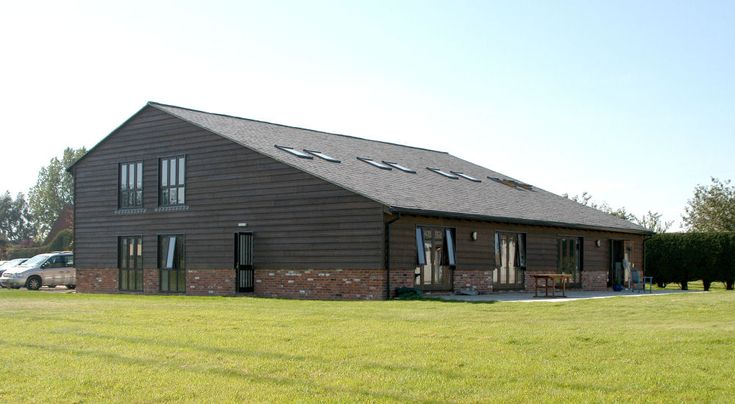1000 images about barns on pinterest cedar houses for Steel frame barn homes