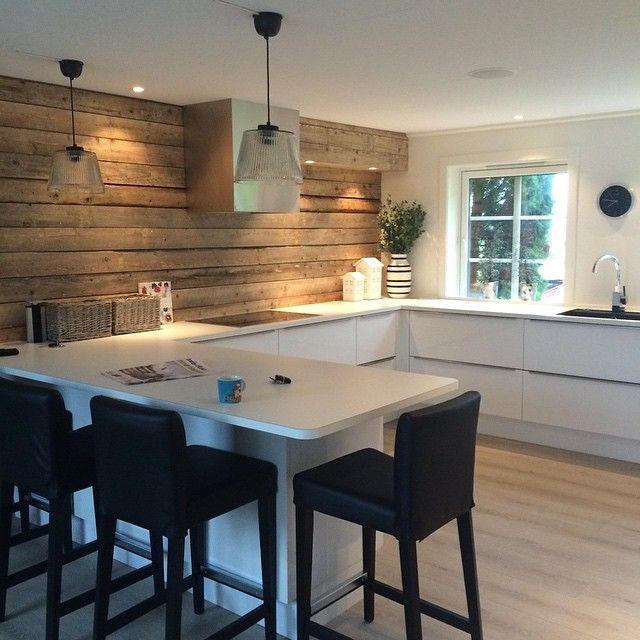 Vældig fornøyd med nytt kjøkken#Bæri #frosta #kjøkkenpynt #kjøkkenprosjekt#trønderlån #trønderlånkjøkken #gammelttre