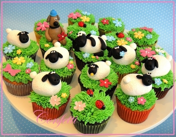 Shaun the Sheep cupcakes. Great idea!
