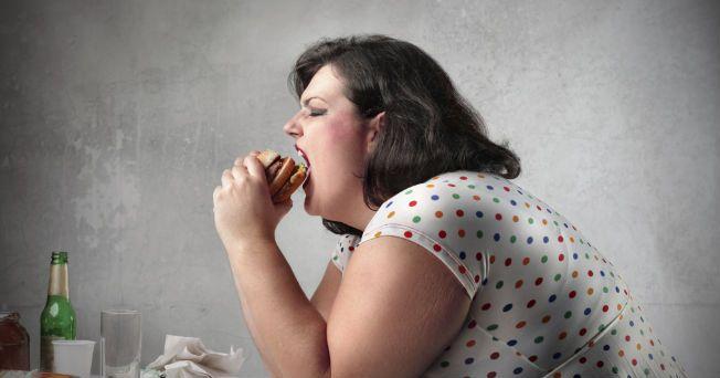 Cuando el organismo carece de nutrición, las células comienzan a comer partes de sí mismas, debido a la pérdida de sustento, lo que genera que la gente ingiera más alimento, reveló una investigación realizada por el Colegio de Medicina Albert Einstein de la Universidad de Yeshiva en Nueva York.