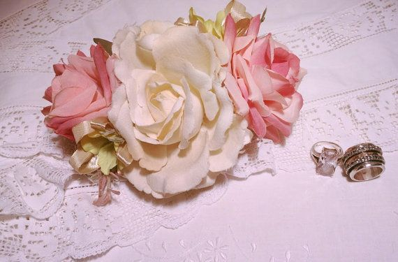 Spring Bridal Flower alligator clip arrangement. A magnificent silk flower, off white and pail pink hues, Includes a big white silk open rose,