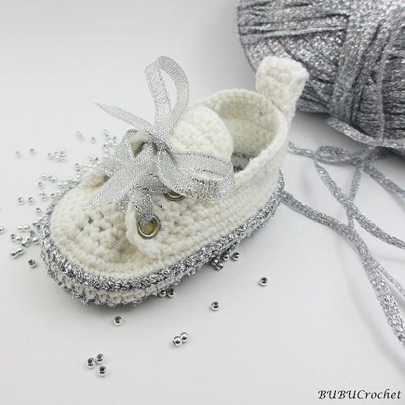 Silver baby shoesCrochet baby shoes Crochet baby by BUBUCrochet