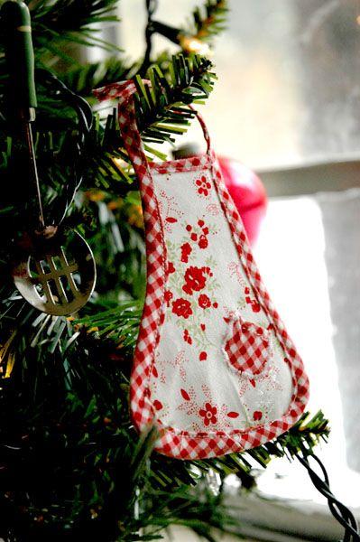 Mini Apron Ornament For The Kitchen Christmas Tree