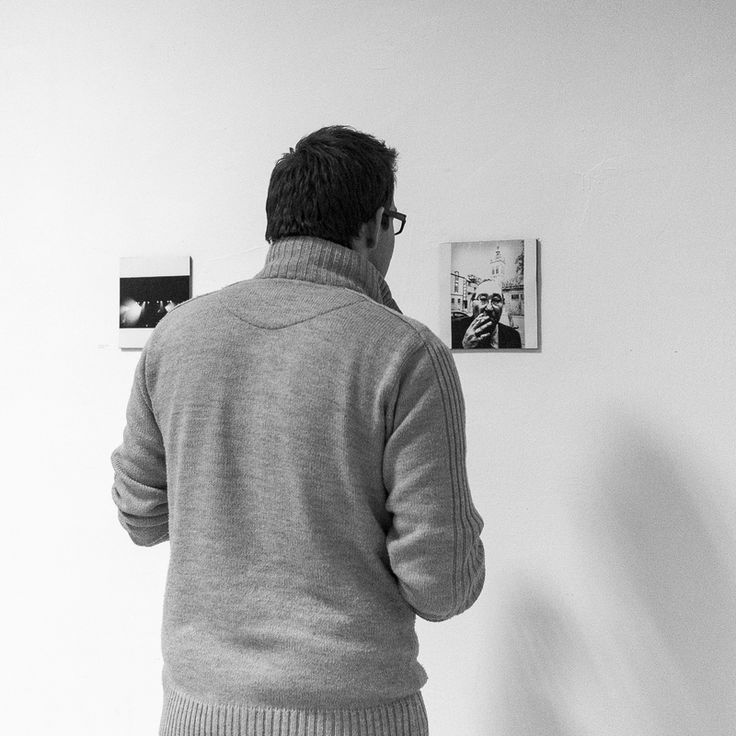 "Reportage from Murowana Goślina 2015 Exhibition Vernisage - my ""Zenek Must Win"" captured being watched :)  Fot.Dorota_Piechowiak_Murowana_Goślina_013"