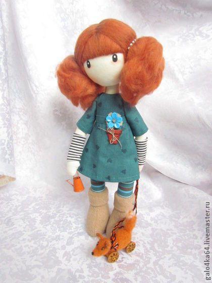Povos artesanais. Mestres justo - boneca Sindy artesanal. Handmade.