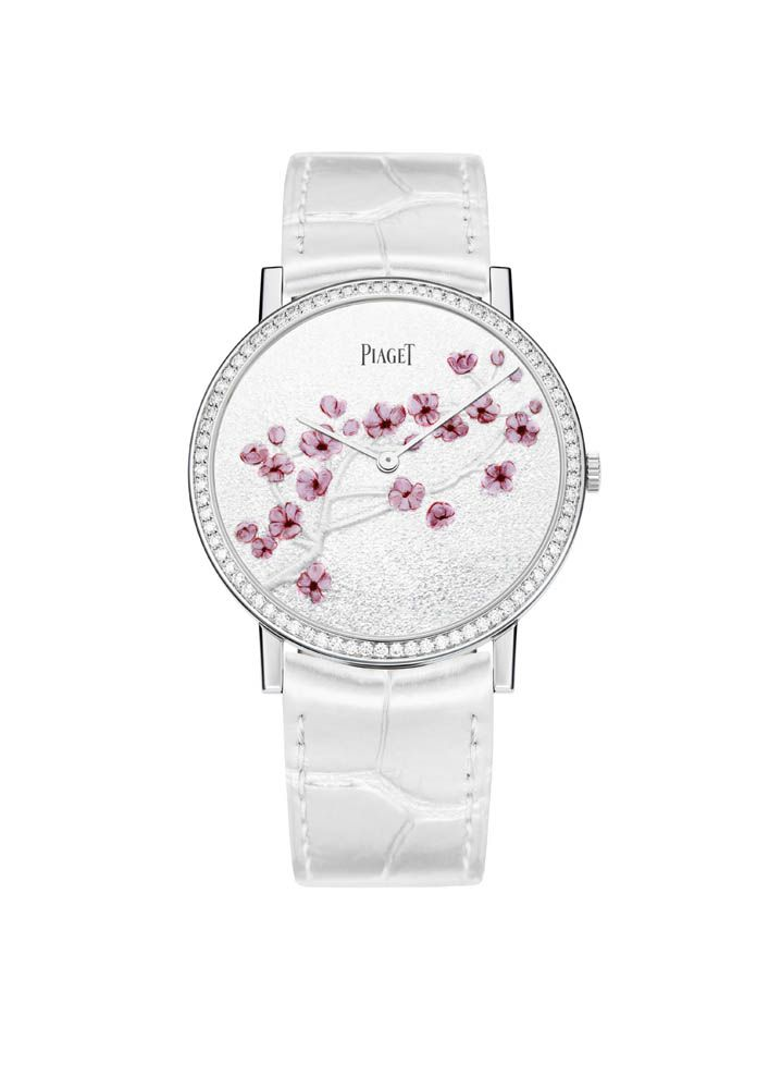 Piaget Altiplano watch in white gold case set with 78 brilliant cut diamonds. Piaget 430P, ultra-thin hand-wound mechanical movement. The bracelet is in white alligator. #watch #piaget #flowers #amythicaljourney #swissmade